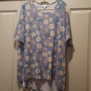 2xl Irma top light blue with pink and cream floral